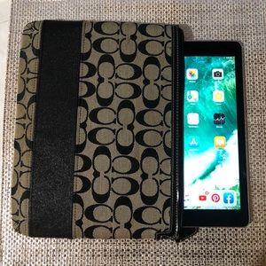 Coach Logo iPad case— Grey & Black